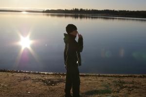 Mutta meillä kaikilla on oikeus hiljaisuuteen ja hyvää elämään.... rauhoitun ja etsin hyviä puolia asiasta....