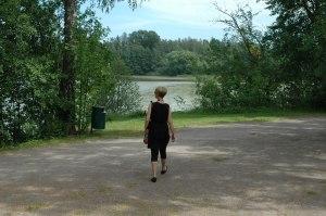 Tuusulanjärvi Anu takaa rannassa